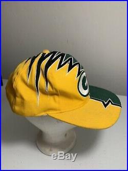 Vintage Starter Pro Line Green Bay Packers NFL Shock Wave Strap Back Hat Cap 90s